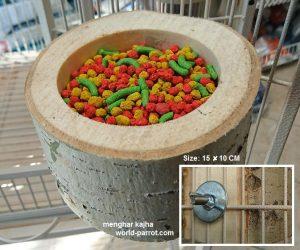 ظرف غذای پرنده چوبی