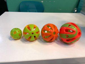 اسباب بازی طوطی توپ پلاستیکی