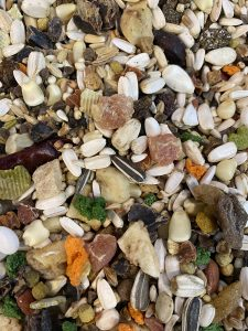 Manitoba Birdfood Parrot Nuts Fruit